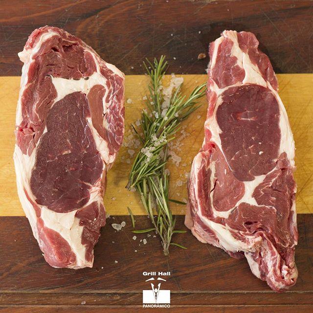 <p>O segredo para um bom churrasco começa desde a escolha da carne. Para os nossos clientes, selecionamos sempre os melhores cortes para servirmos um Rodízio de Carnes completo e com qualidade!<br /> Aproveite nossa promoção de Rodízio de Carnes: de segunda a sábado à noite, por R$40,00 por pessoa.<br /> #EuNoGrillHallPanorâmico #eunogrillhall #ChurrascoTodoDia #Qualidade</p>