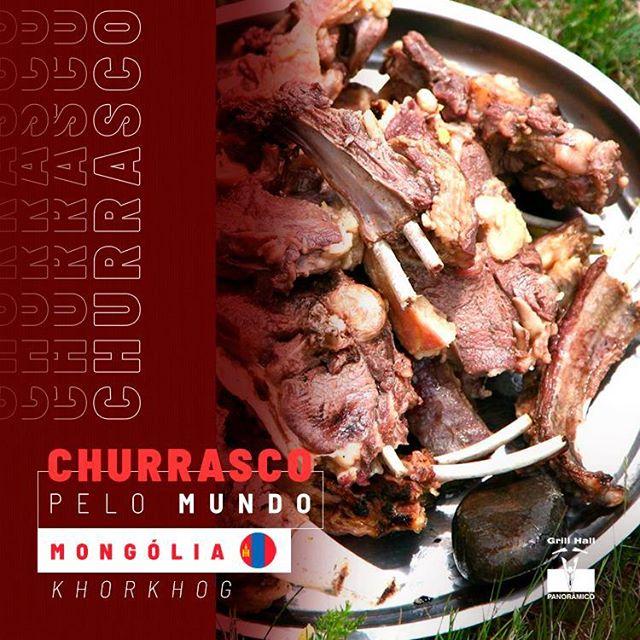 <p>?? O Khorkhog é o churrasco da Mongólia que pode ser considerado um dos mais exóticos do mundos.?<br /> ?<br /> Em um recipiente são adicionados pedaços de carne (cabra ou carneiro) legumes, água quente e pedras. Sim, pedras!?<br /> As pedras são para ajudar a distribuir mais calor, assim cozinhando com mais intensidade.?<br /> ?<br /> Os legumes normalmente usados são batata, cenoura, cebola e repolho. Poucas especiarias são adicionadas, geralmente, apenas sal e pimenta.?<br /> ?<br /> #EuNoGrillHallPanorâmico #eunogrillhall #ChurrascoTodoDia #churrascopelomundo #mongolia #khorkhog</p>
